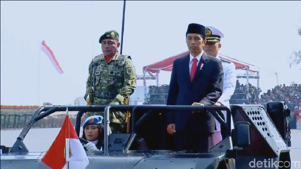 Pesan-pesan Jokowi Sang Panglima di HUT Ke-72 TNI