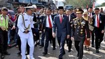 Jokowi Sempat Terjebak Macet 30 Menit Sebelum Jalan Kaki ke HUT TNI
