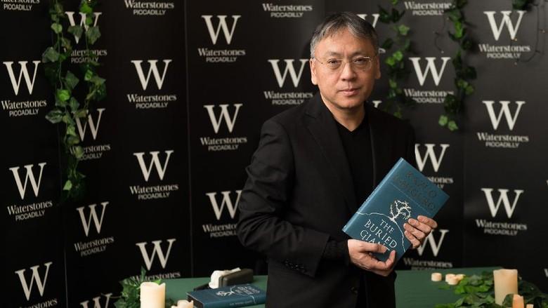 Peraih Nobel Sastra Kazuo Ishiguro Hadiri Festival Man Booker