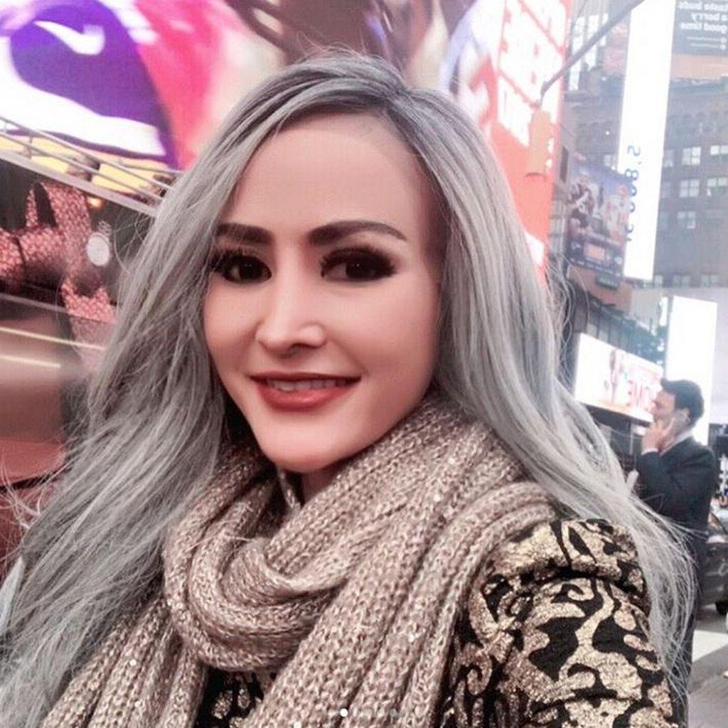 Cynthiara Alona Akhirnya Menikah, Suaminya Produser Film