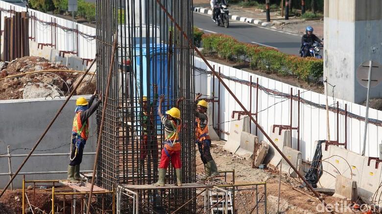 INDEF Sarankan Jokowi Selektif Pilih Proyek Infrastruktur