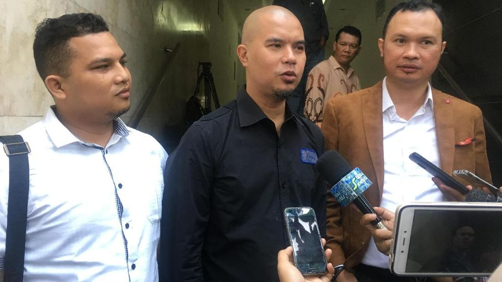 Ahmad Dhani Diperiksa Soal Pemberitaan Hoax di Media Online