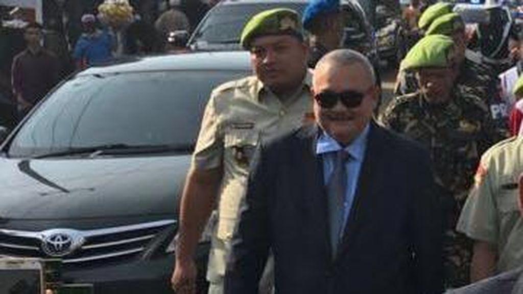 Sama Seperti Jokowi, Gubernur Sumsel Jalan Kaki 5 Km ke HUT TNI