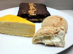 Belah Doeren: Legit Manis Mille Crepes dan Chewy Choux Isi Durian