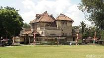 Bangunan Cagar Budaya Gedong Kuning di Ungaran Rusak Parah