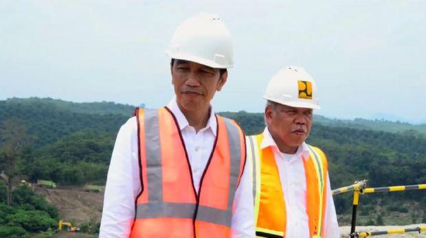 Presiden Jokowi dan Menteri PUPR di Bendungan Karian