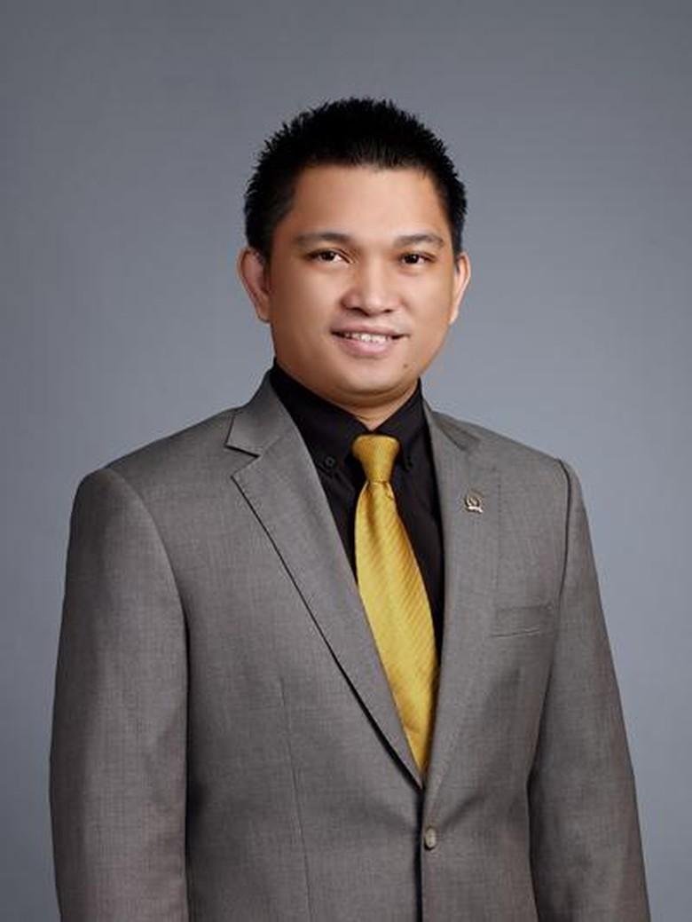 Aditya Moha, Anggota DPR Muda Golkar yang Diciduk KPK