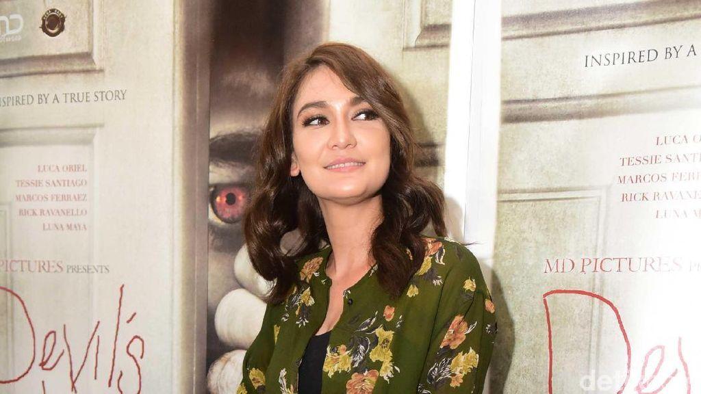 Luna Maya Bicara Soal Budget Bikin Film Devils Whisper