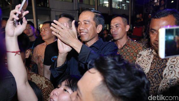 Jokowi di Synchronize Fest.