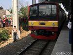 KRL di Stasiun Manggarai Gangguan Sinyal, Penumpang Padat