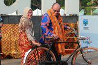Wakil Bupati Probolinggo dan istri juga turut serta dalam acara ini