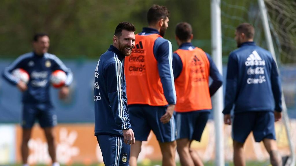 Ketika Messi Tak Mengenali Sesama Pesepakbola Argentina
