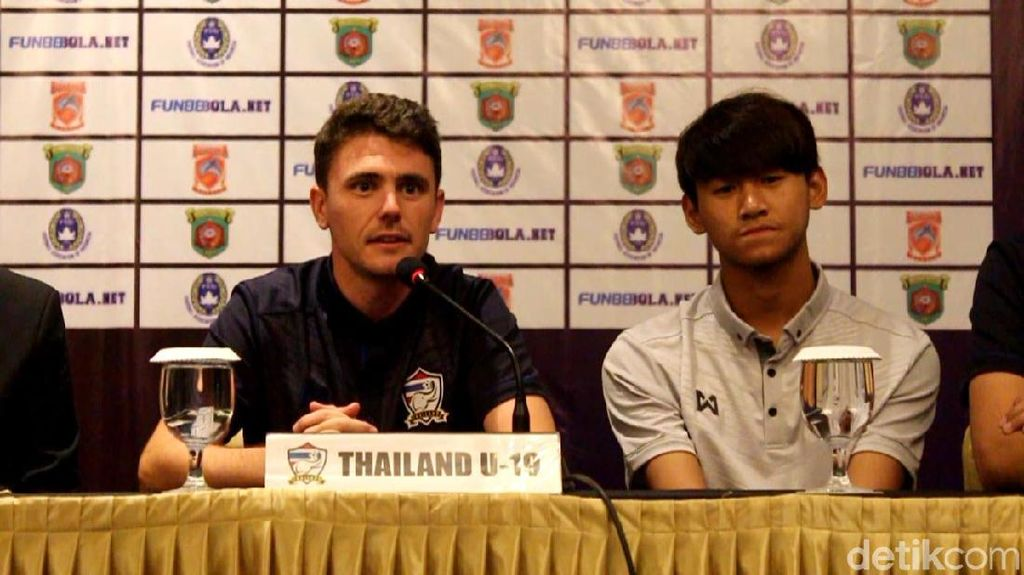 Jajal Borneo FC U-19, Timnas Thailand U-19 Sekalian Seleksi Pemain