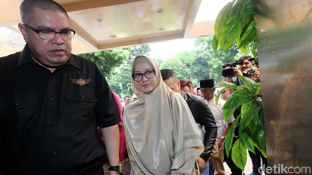 Razman: Postingan Lyra Virna soal Biro Haji Itu Praduga Tak Bersalah