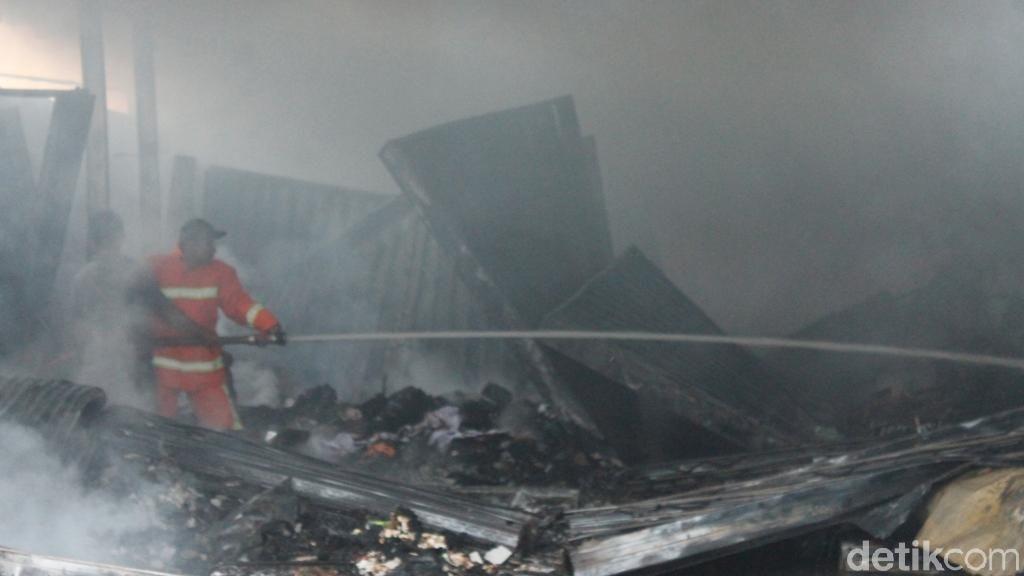 Kebakaran Pasar Purwasaba Banjarnegara Padam, 202 Los Ludes