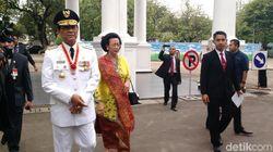 Sultan HB X , Pakualam X dan Keluarga Keraton Tiba di Istana Negara