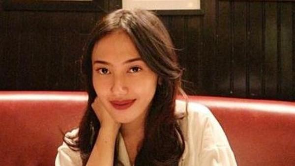 Jadi Penulis, Putri Aa Gatot Brajamusti: Nggak Semuanya Satu Keluarga Hancur!