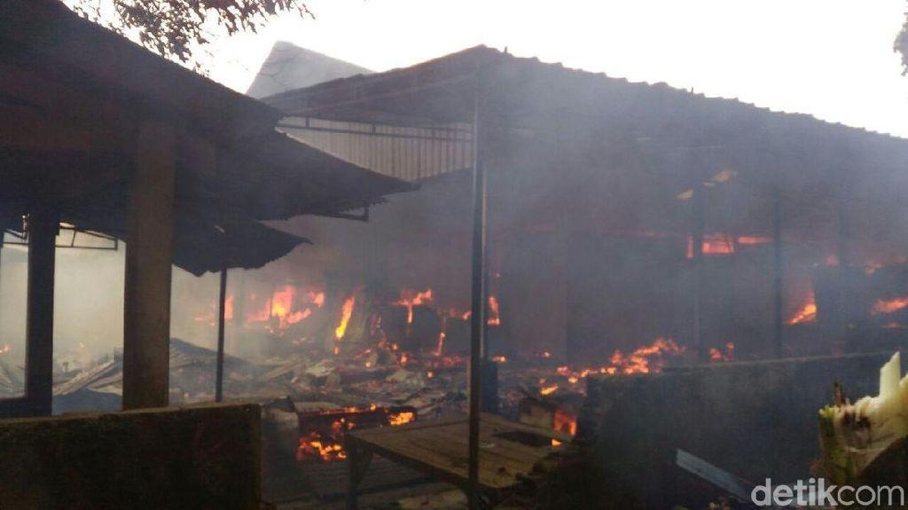 Pasar Purwasaba di Banjarnegara Terbakar