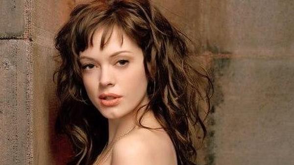 Rose McGowan Ditawari 1 Juta Dolar Uang Tutup Mulut Soal Pelecehan Seks