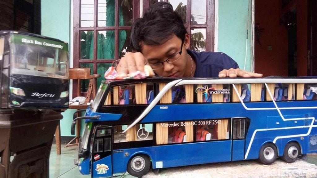 Stefanus Martin, Lulusan SMK yang Piawai Buat Miniatur Bus