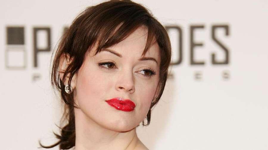 Kasus Pelecehan Seksual Produser Hollywood dan Kecantikan Putri Aa Gatot