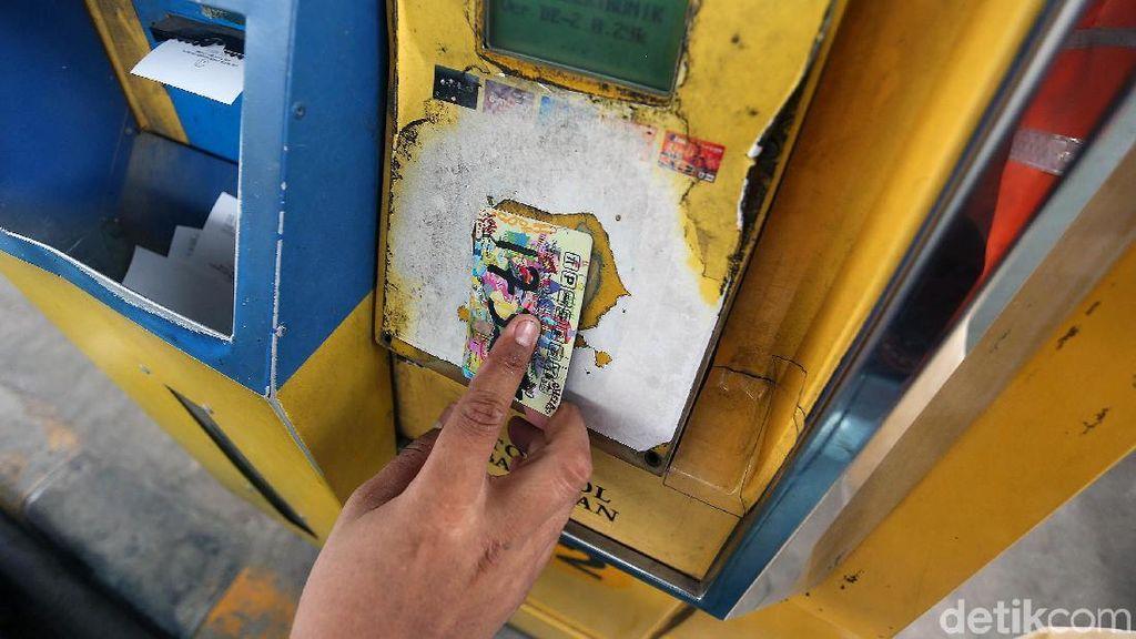 Asosiasi: Kartu e-Money Sama Seperti Dompet
