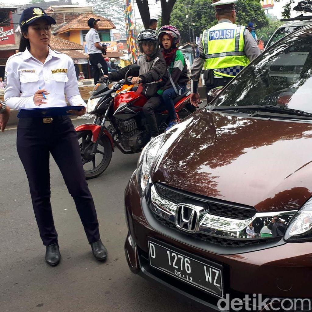 Aturan Diketuk, Transportasi Online Tak Lagi Ilegal