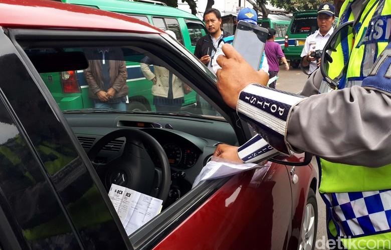Razia Angkutan Online Hanya di Bandung, Ini Penjelasan Dishub Jabar