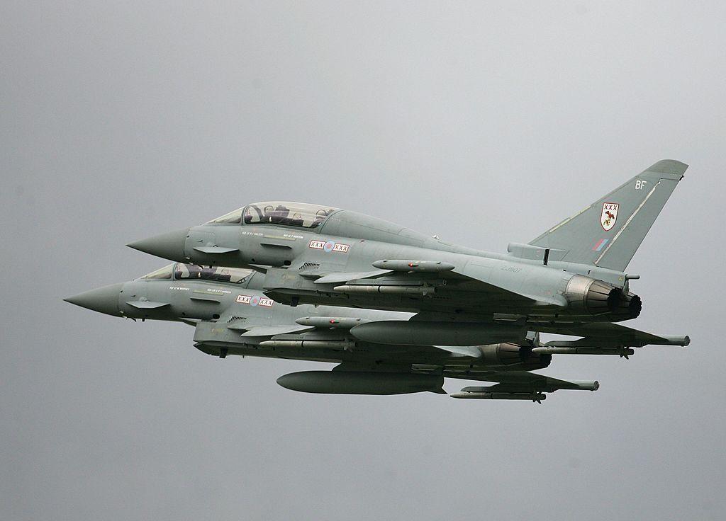 Eurofighter adalah jet tempur yang dikembangkan mulai tahun 1983 melalui program Future European Fighter Aircraft. Foto: Getty Images