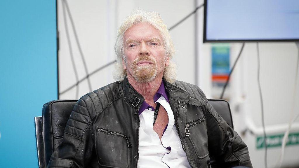 Arab Saudi Guyur Rp 13,5 T ke Travel Luar Angkasa Richard Branson