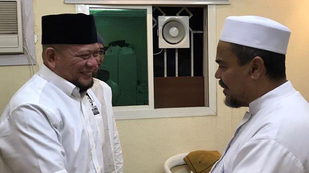 La Nyalla Bertemu Habib Rizieq di Mekah, Bicara soal Pilgub Jatim