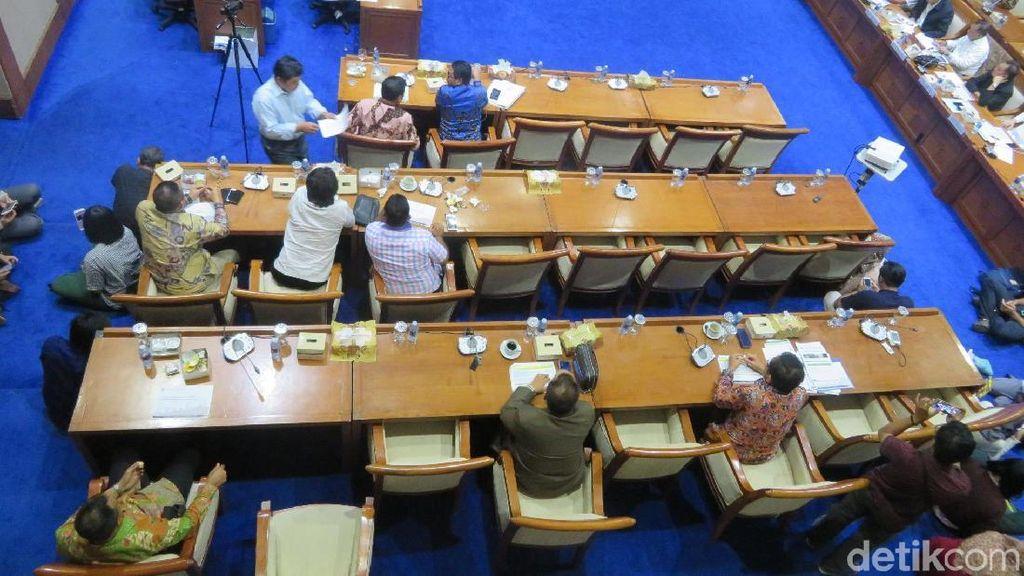 Rapat Anggaran Jonan Dihadiri 14 Anggota DPR