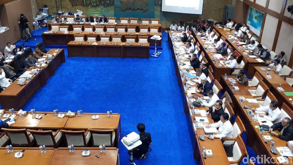 DPR Setujui Anggaran Kementerian ESDM Rp 6,49 T di 2018