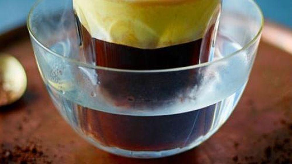Sluurp! Nikmatnya Kopi Telur Khas Vietnam yang Creamy Manis Ini