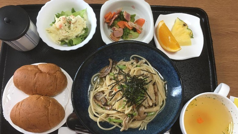 Menu makanan sehat untuk para ibu yang melahirkan di Jepang./ Foto: Imgur/ Hahahah1111111