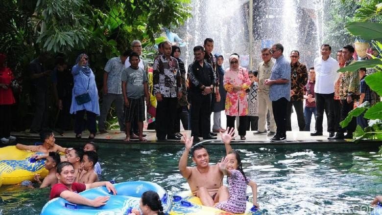 Wapres JK berkunjung ke Waterboom Bugis Waterpark di Makassar (Muhammad Nur Abdurrahman/detikcom)