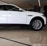 Jaguar F-Pace Mobil Paling Irit dari Jaguar