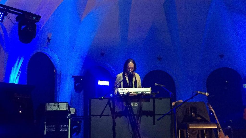 Merayakan Karya Yockie Suryo Prayogo dalam Konser Menjilat Matahari