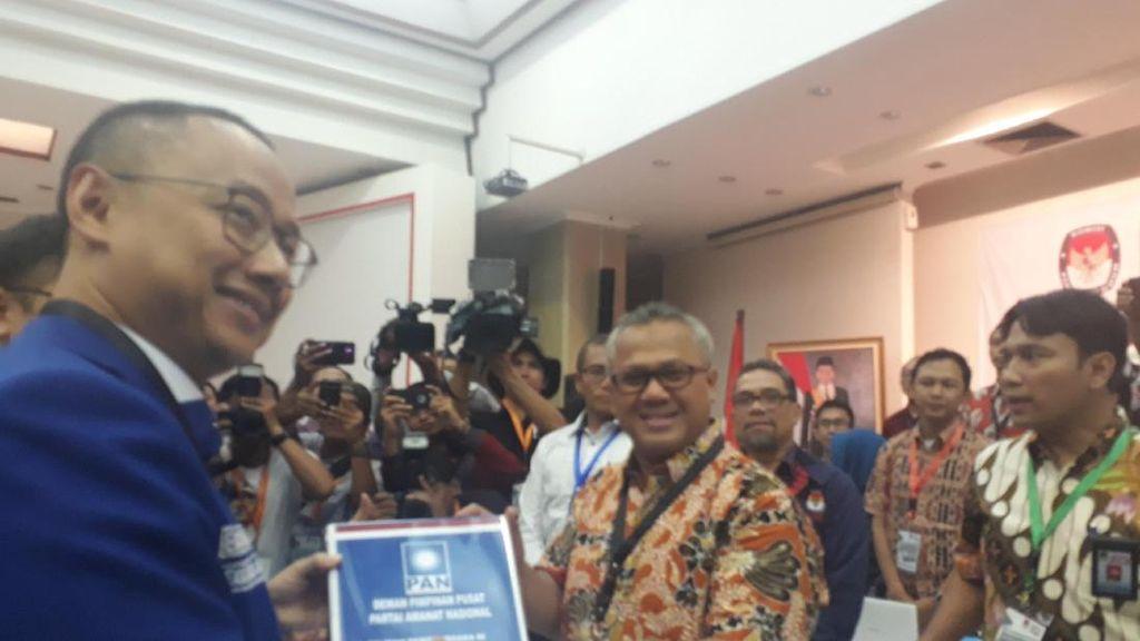 Hanafi Rais dan Primus Daftarkan PAN untuk Pemilu 2019