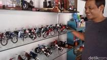 Miniatur Sepeda Motor Jadul dari Timah Karya Agit