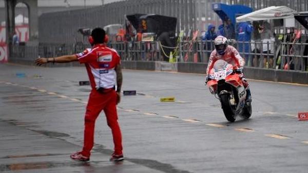 Dovizioso Ungguli Marquez yang Sempat Jatuh