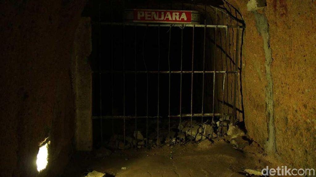 Bikin Merinding, Kisah Kelam di Lubang Jepang Bukittinggi
