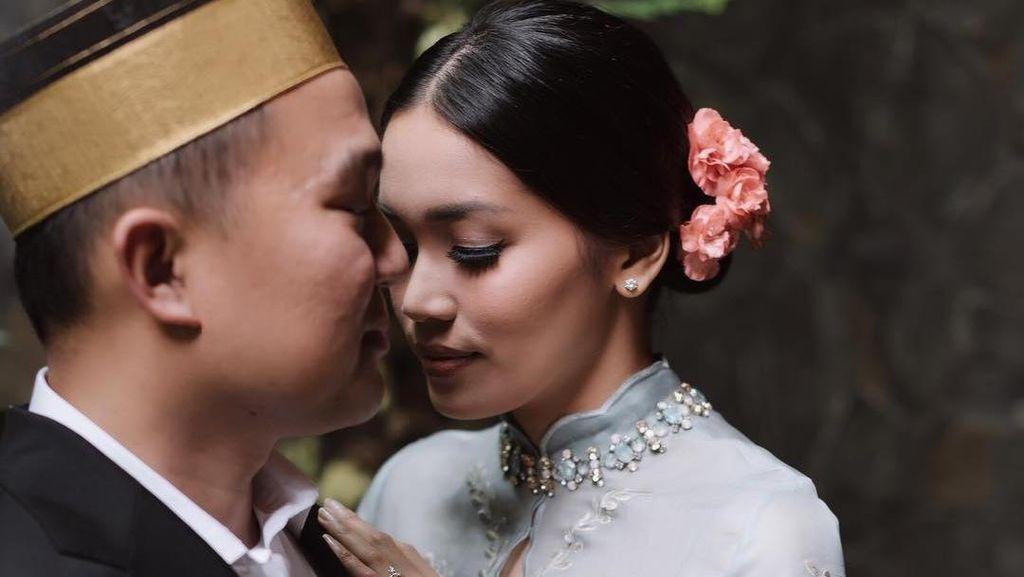 Alexandra Asmasoebrata Dilamar Keponakan Jusuf Kalla, Derby Romero Resmi Nikah