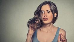 Pada saatnya pasti wanita akan memasuki masa menopause. Untuk mendeteksinya, perhatikan tanda-tanda ini. Jika sudah muncul, bersiaplah.