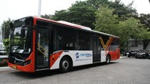 Bisa Tidak ya Bus Transjakarta Pakai Tenaga Listrik?