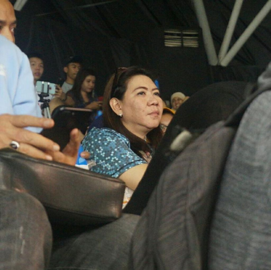Susy Susanti Nyempil di Tribun, Hebohnya Penonton karena Ikhsan Rumbay