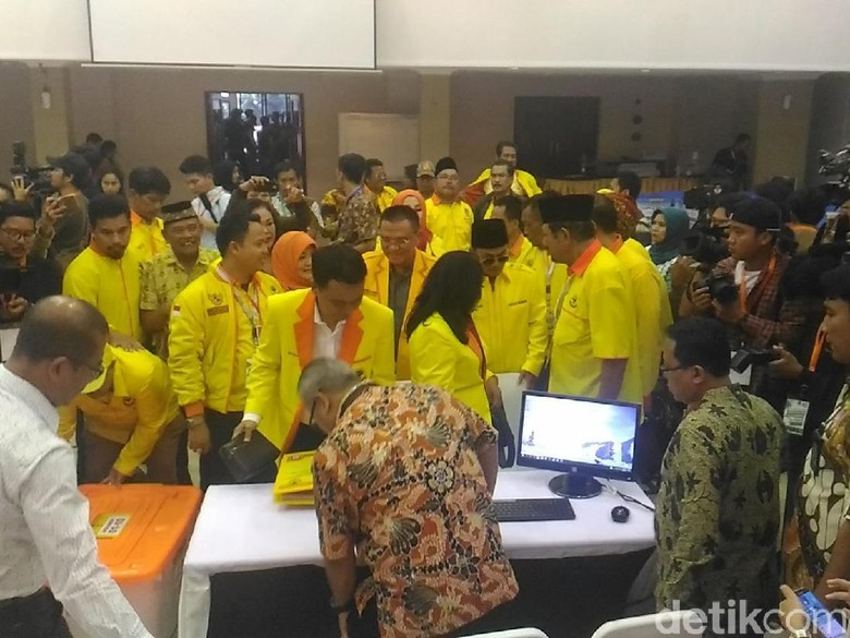 Datangi KPU, Partainya Tommy Soeharto Daftar Jadi Peserta Pemilu