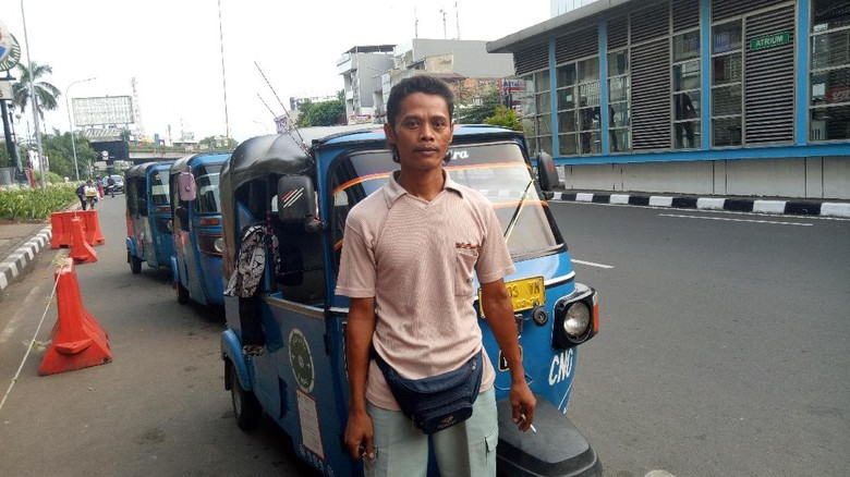 Harapan Sopir Bajaj Akan Janji Gaji UMP dari Sandiaga