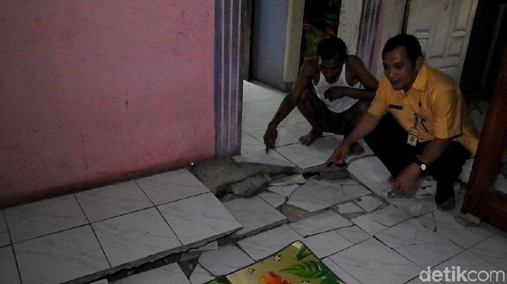 Tanah Gerak, 70 Rumah Warga di Banjarnegara Rusak