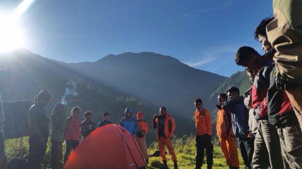 Hilang Sejak Rabu, 3 Pendaki di Gunung Latimojong Belum Ditemukan